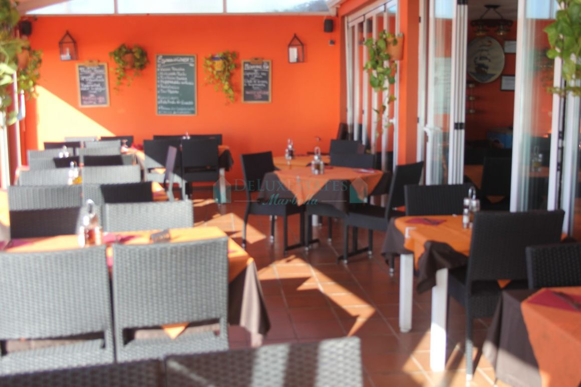 Commercial Premises for sale in  Las Chapas, Marbella East
