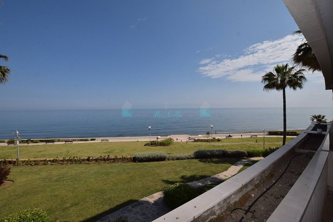 Apartment in New Golden Mile, Estepona