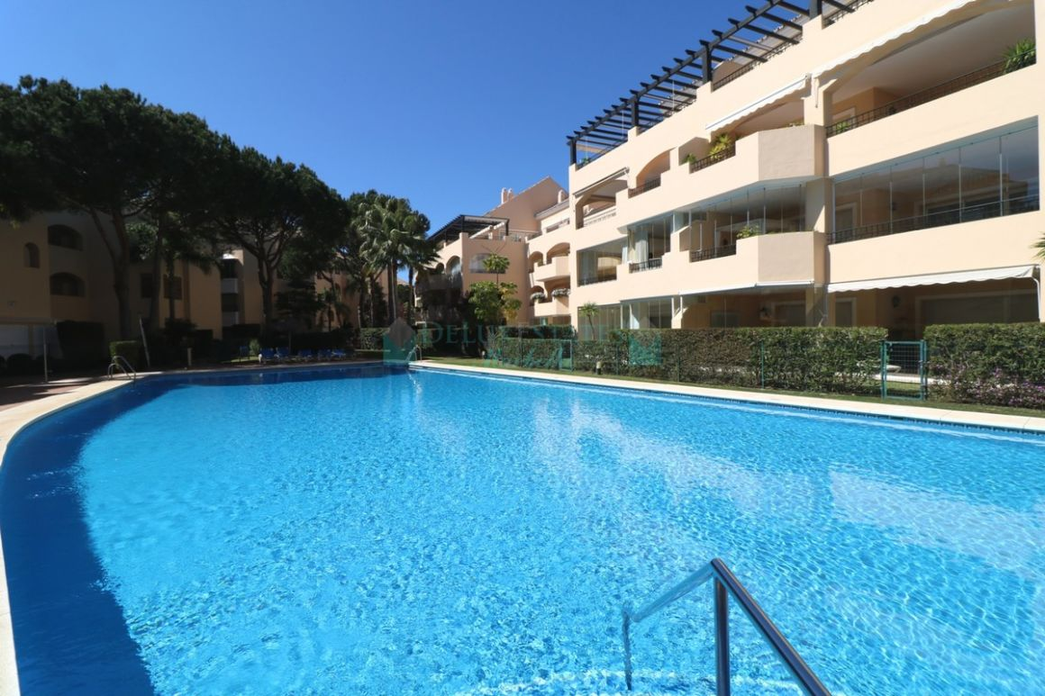 Ground Floor Apartment for sale in  Elviria, Marbella East