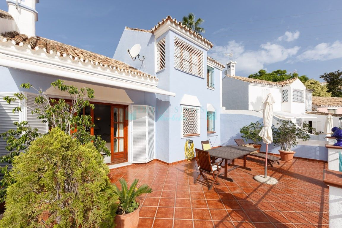 Semi Detached Villa for sale in  Nagüeles, Marbella Golden Mile