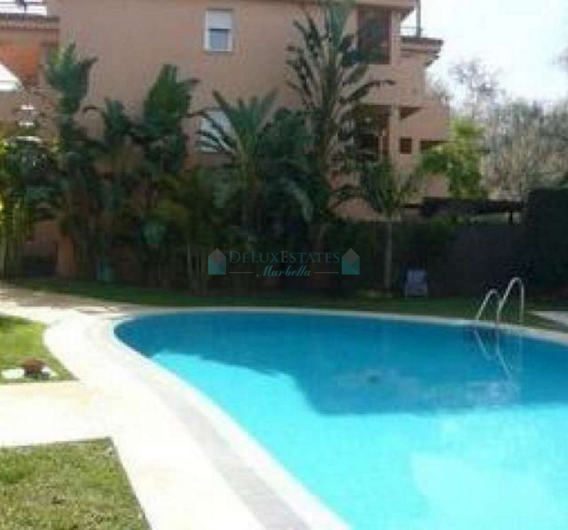 Apartment in El Rosario, Marbella East
