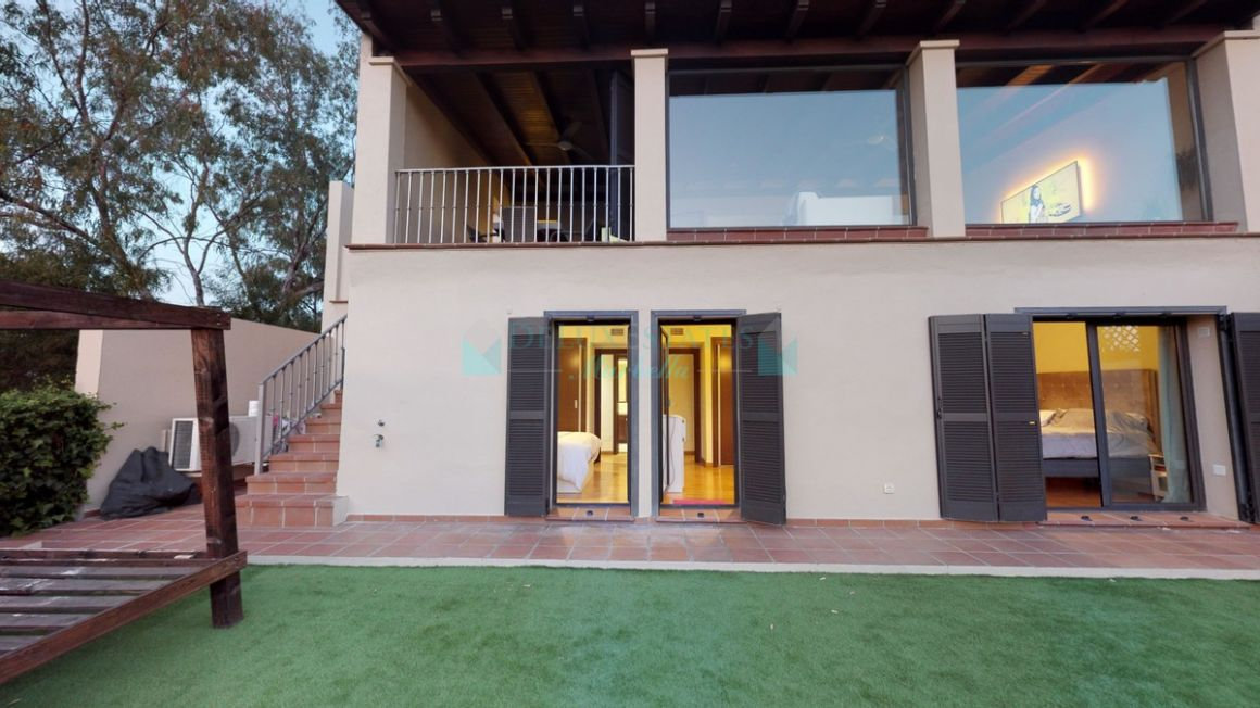 Semi Detached Villa for sale in  El Almendro, Benahavis
