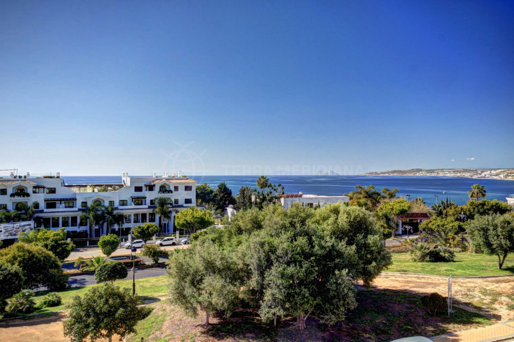Estepona, Large townhouse for sale in Estepona, only 5 minutes walk to Estepona marina and opposite the beach