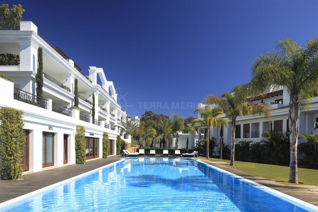 Apartment in Doncella Beach, Estepona
