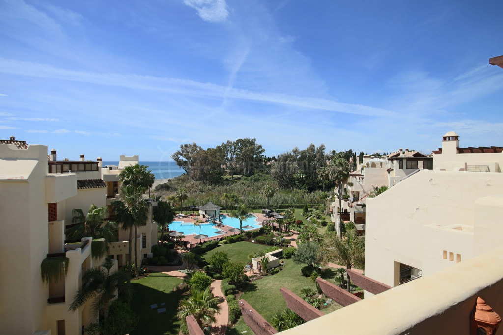 Estepona, Duplex penthouse for sale in front line beach complex of Bahia del Velerin, Estepona