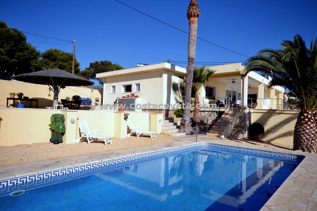 Magnificent refurbished villa with pool in la Coveta Fuma - el Campello
