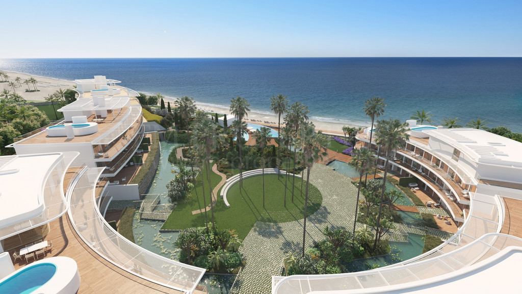 Estepona, Luxurious front line beach residential complex a short stroll from the port of Estepona.