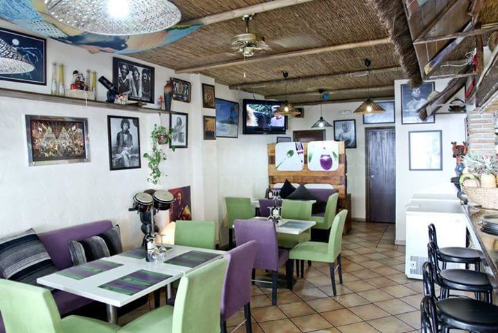 Bar en Playa Bajadilla - Puertos, Marbella