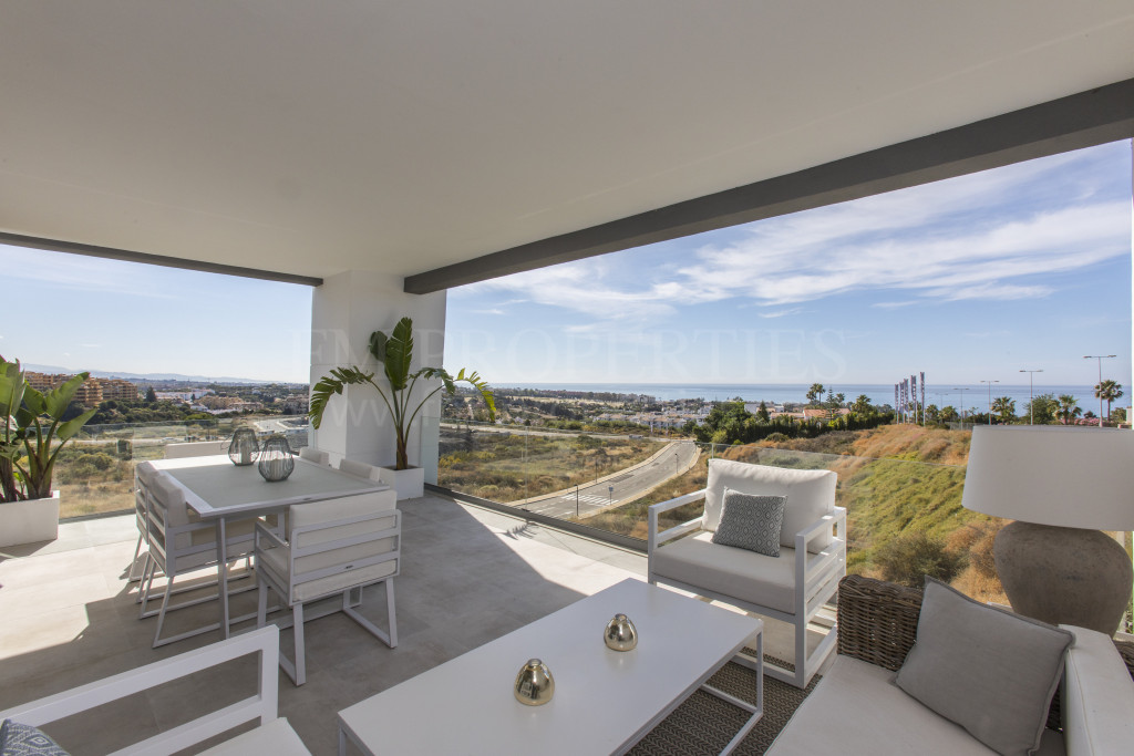Estepona, Vanian Green Village  offers a choice of 2,3 & 4 bedroom apartments and penthouses built to the highest standards