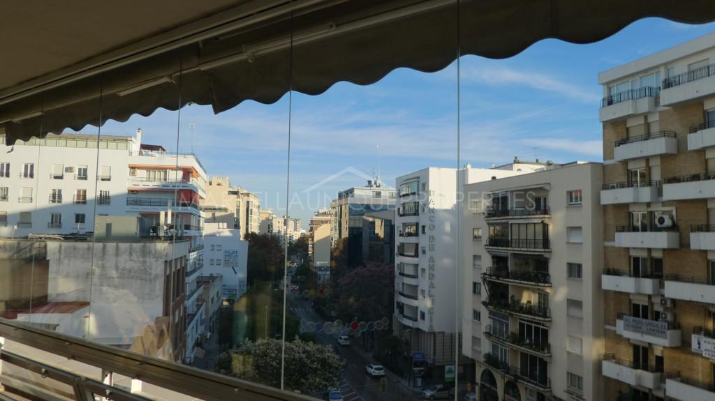 Apartamento de 3 dormitorios en Marbella centro