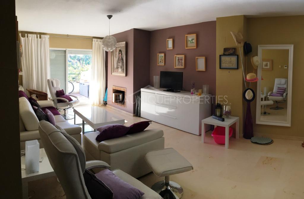 Apartamento ideal en el golf con 2 dormitorios en Campos de Guadalmina