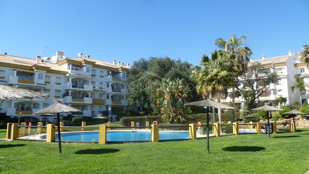 3 bedroom ground floor apartment in Los Pinos de Nagueles