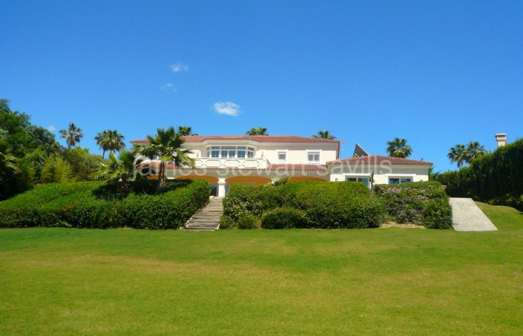 Sotogrande, Grand villa in one of the most sought after areas of Sotogrande