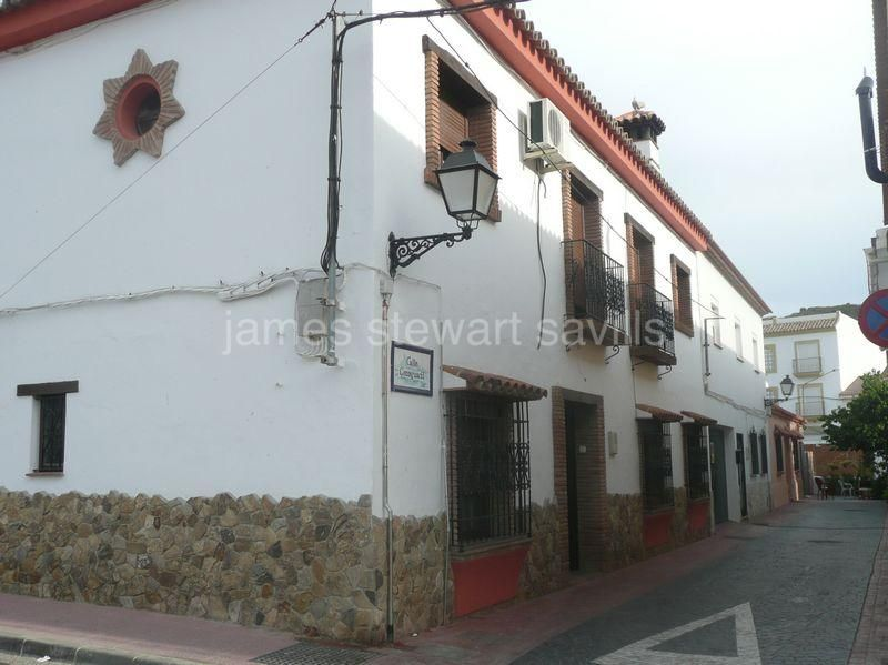 House for sale in Secadero - Secadero House