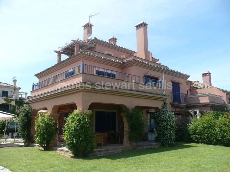 Town House for sale in Sotogrande Costa - Sotogrande Town House