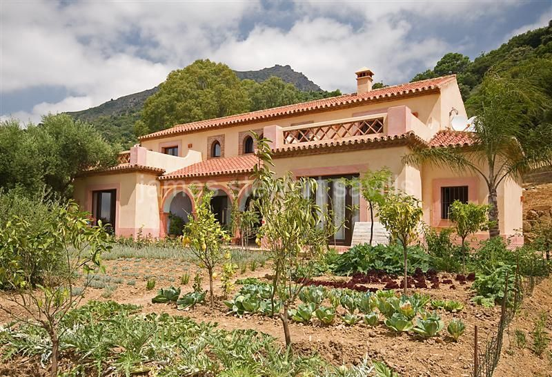 Gaucin, Newly built country house with commanding views close to Gaucin.