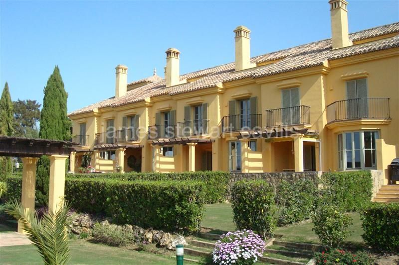 Town House for sale in Los Carmenes de Almenara - Sotogrande Town House