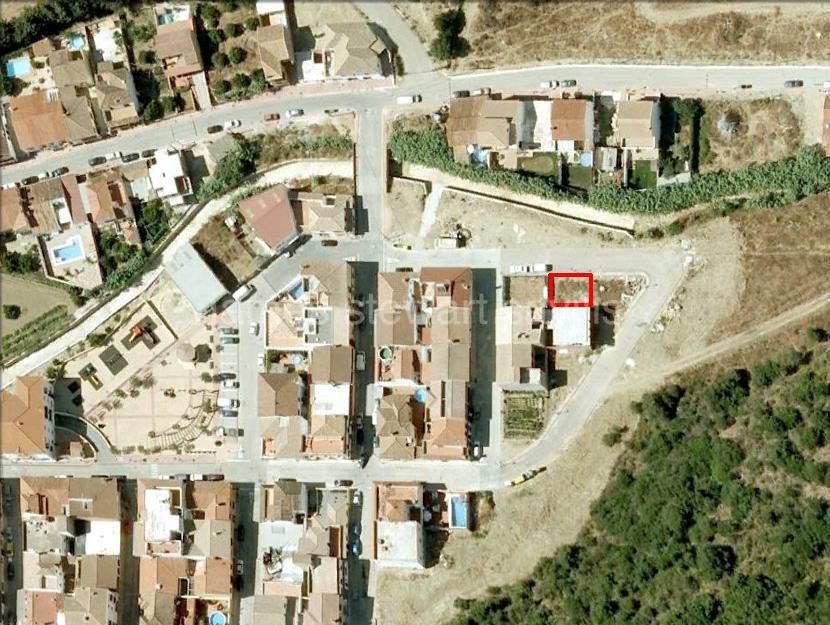 Casares, Village building plot for house of 256m2 in Secadero