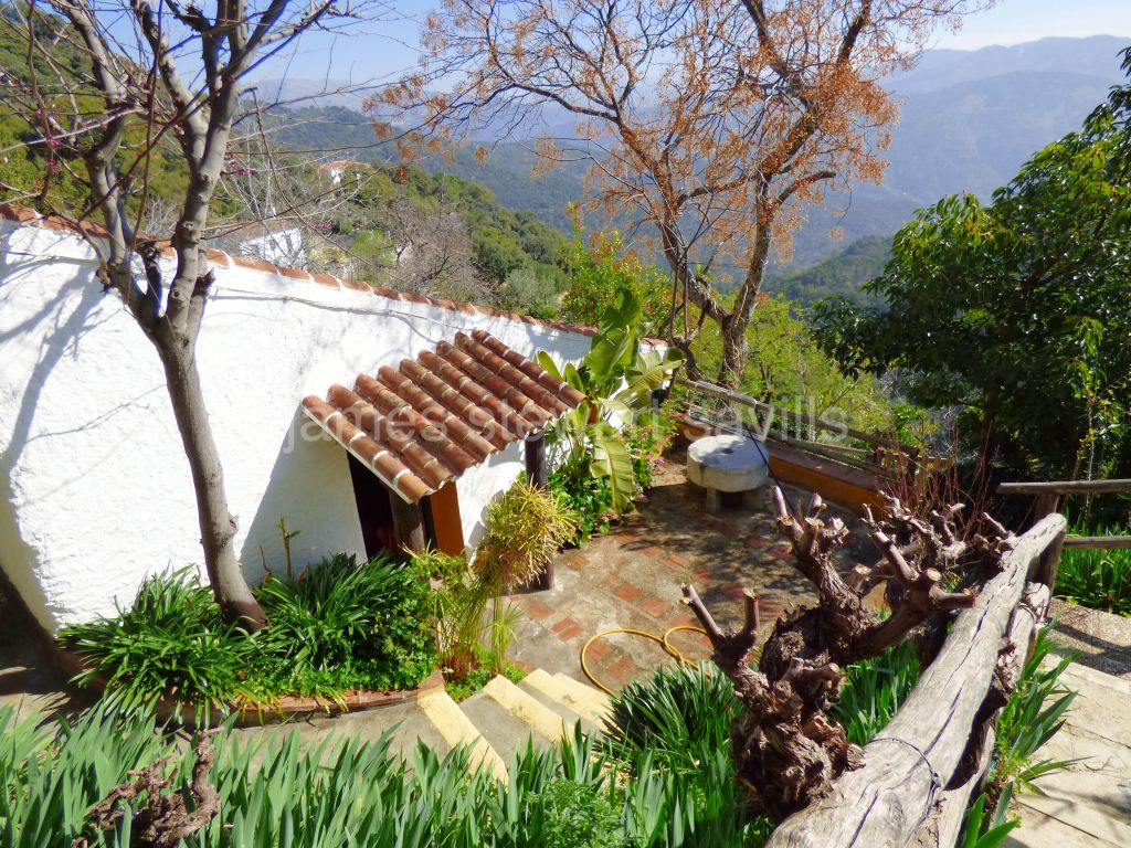 Gaucin, Idyllic Andalucian country retreat en the edge of the village of Algatocin near Gaucin