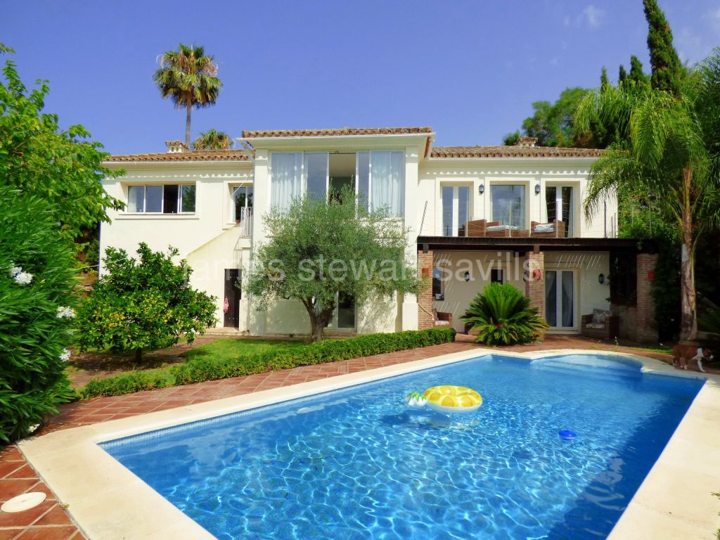 Sotogrande, Comfortable 3 bedroom home with separate 1 bed cottage