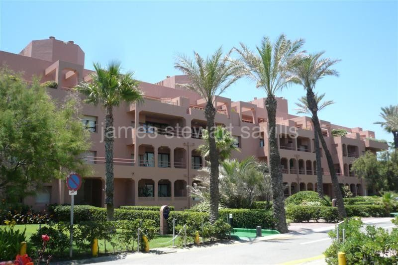 Sotogrande, fantastic front line beach ground floor, 4 bedroom apartment