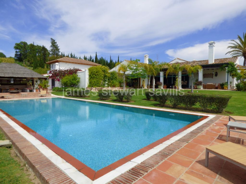 San Martin del Tesorillo, Outstanding country house in 19ha of land 20mins from Sotogrande