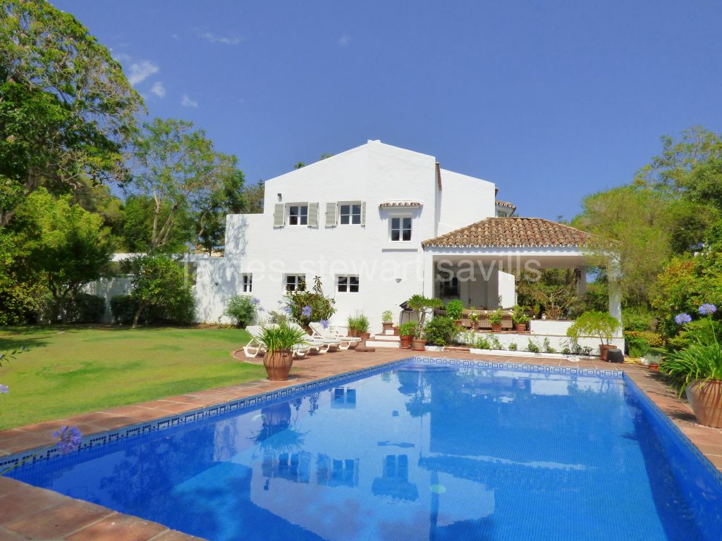 Sotogrande, Lovely characterful villa in the Valderrama area of Sotogrande Alto