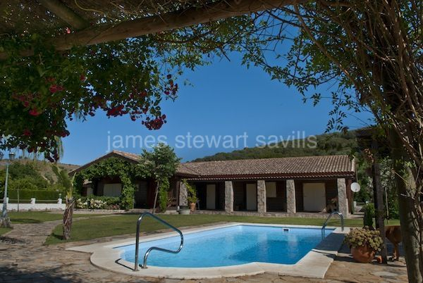 Country House for sale in San Martin del Tesorillo - San Martin del Tesorillo Country House