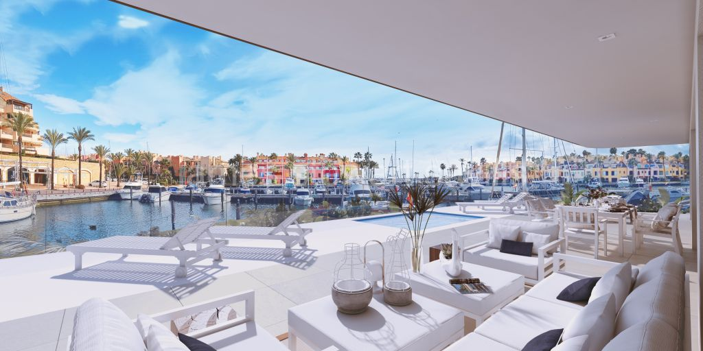 Sotogrande, Luxury ground floor waterfront apartment in Sotogrande Marina - completion July 2022