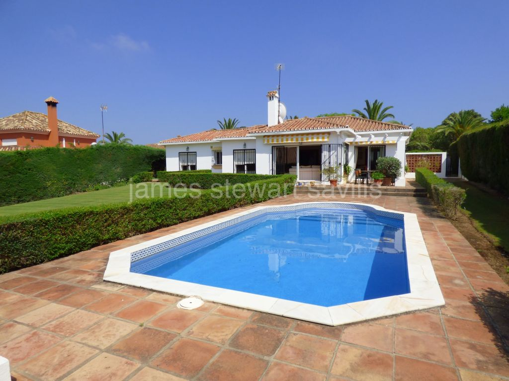 Sotogrande, Excellently maintained single storey villa