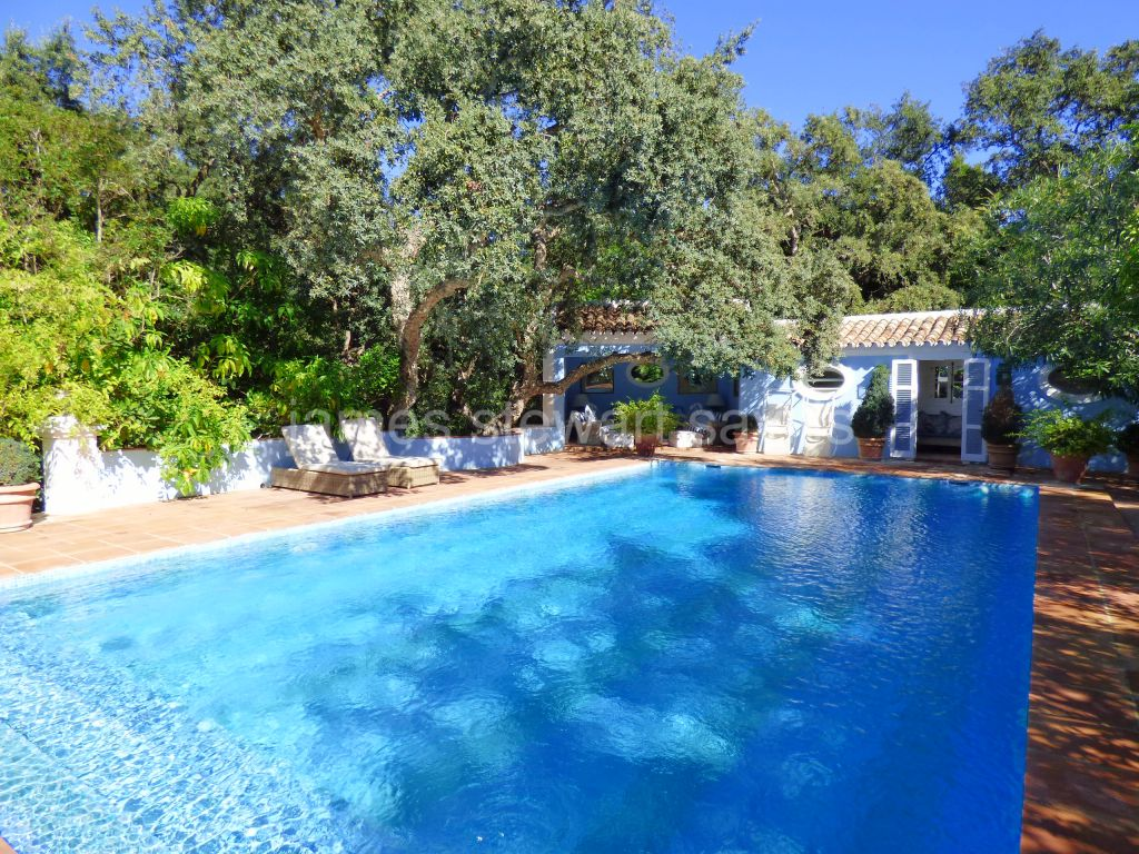Sotogrande, An extremely elegant villa in the alto side of Central Sotogrande.