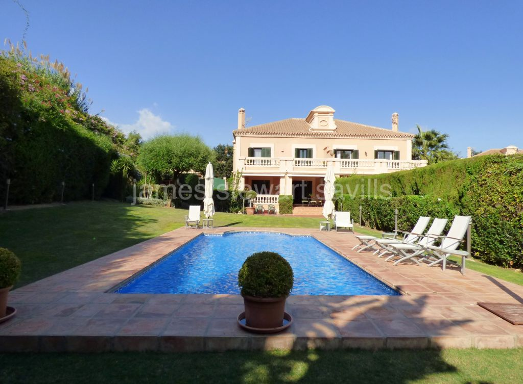 Sotogrande, Beautifully presented semi detached house in Sotogolf, Sotogrande Alto