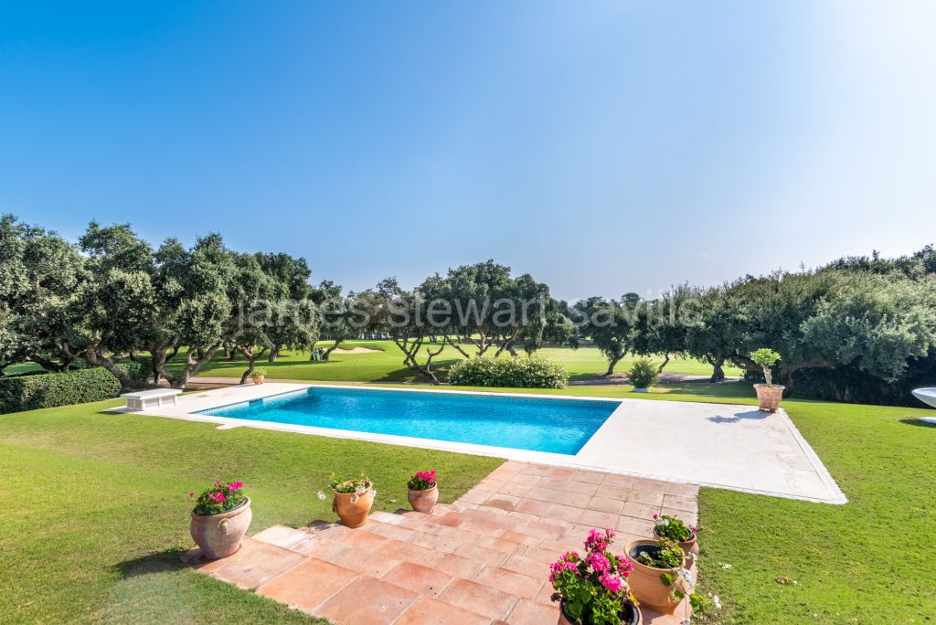 Sotogrande, Frontline Real Golf villa in one of the most sought after streets in Kings and Queens.