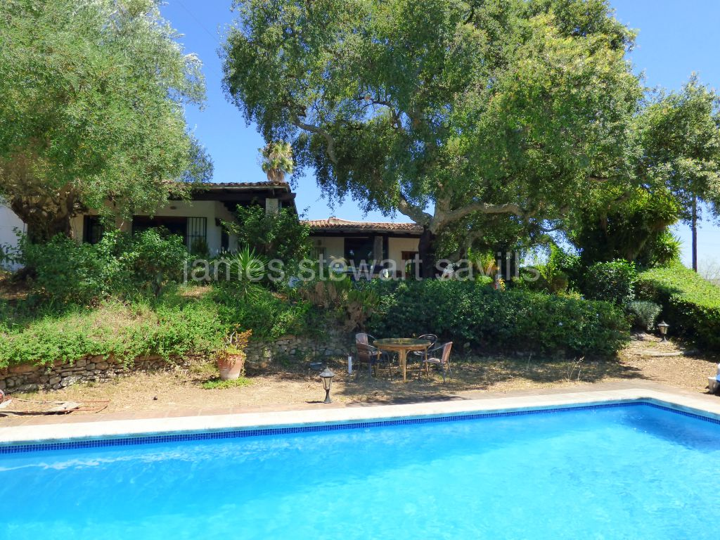 San Martin del Tesorillo, Extremely nice rural hideway with great polo and country views 15 mins from Sotogrande