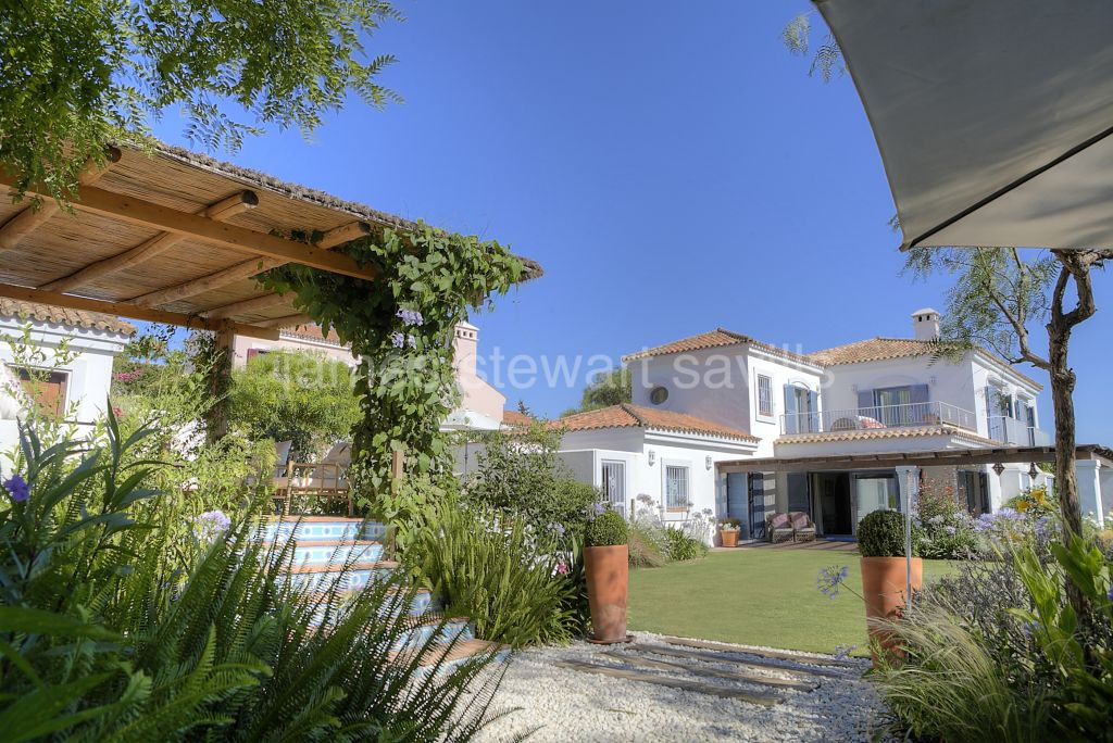 Sotogrande, A very pretty Andalucian home with sea views