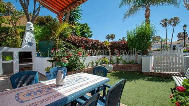 Alcaidesa, 3 bedroom townhouse next to Alcaidesa beach with communal pool