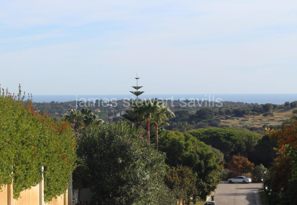 Sotogrande, Large 5212m2 south facing plot frontline to the Almenara Golf course