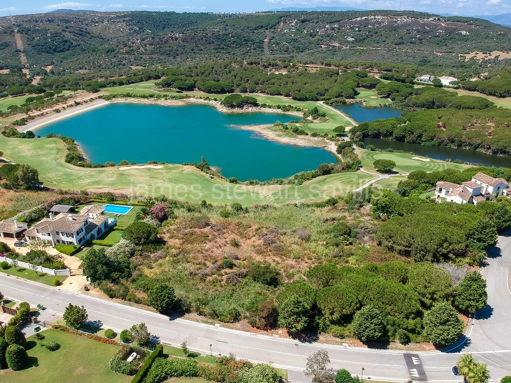 Sotogrande, A wonderful large plot of 7,946m2 in the Almenara area of Sotogrande Alto