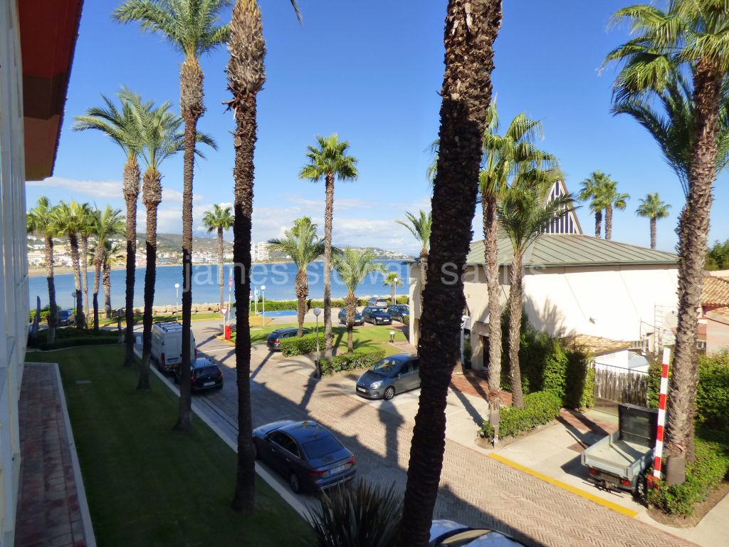 Sotogrande, Great studio apartment next to Torreguadiaro beach