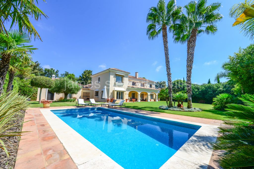 Sotogrande, Spectaular Villa in the Valderrama area of Sotogrande Alto
