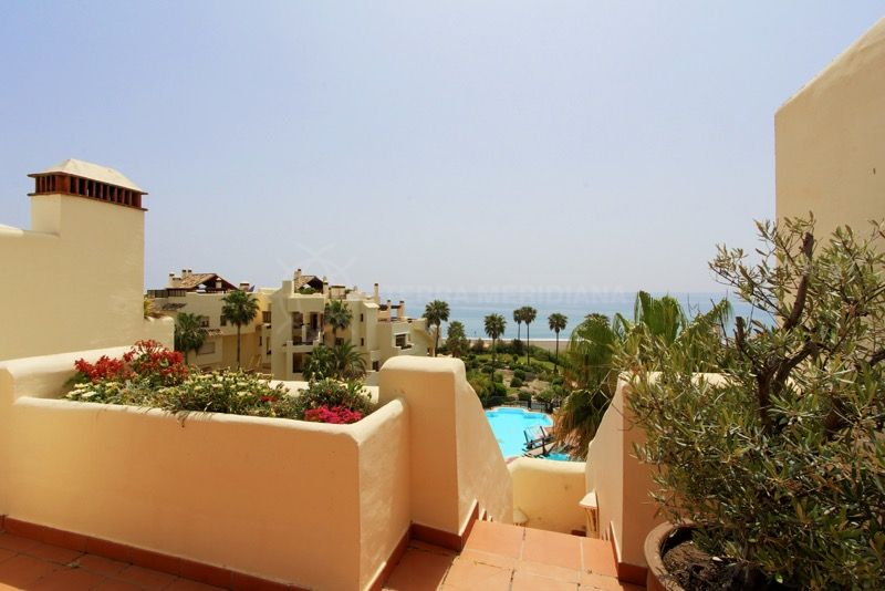Estepona, 3 bedroom Front Line Beach Penthouse for sale in Bahia del Velerin, Estepona