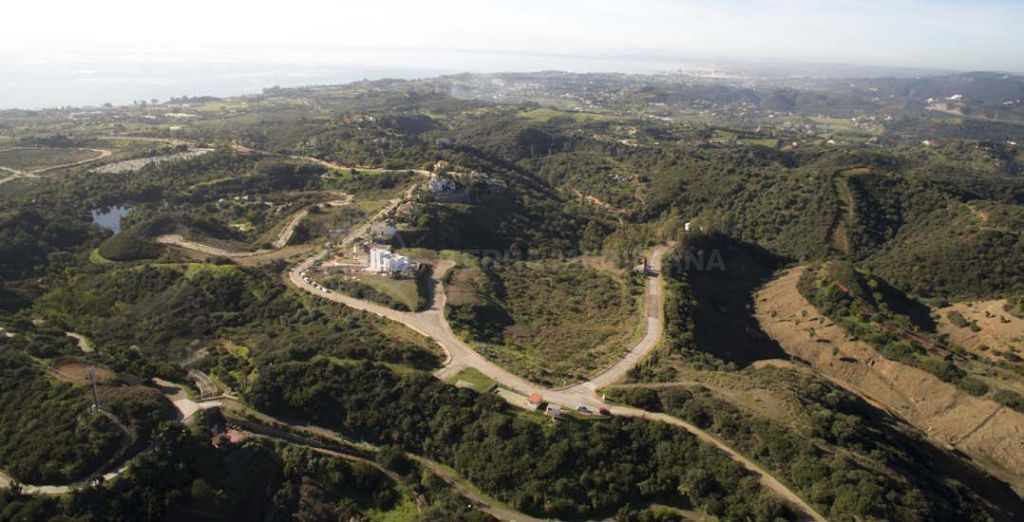 Estepona, Extensive plot for sale on an exclusive residential development, La Panera, Estepona
