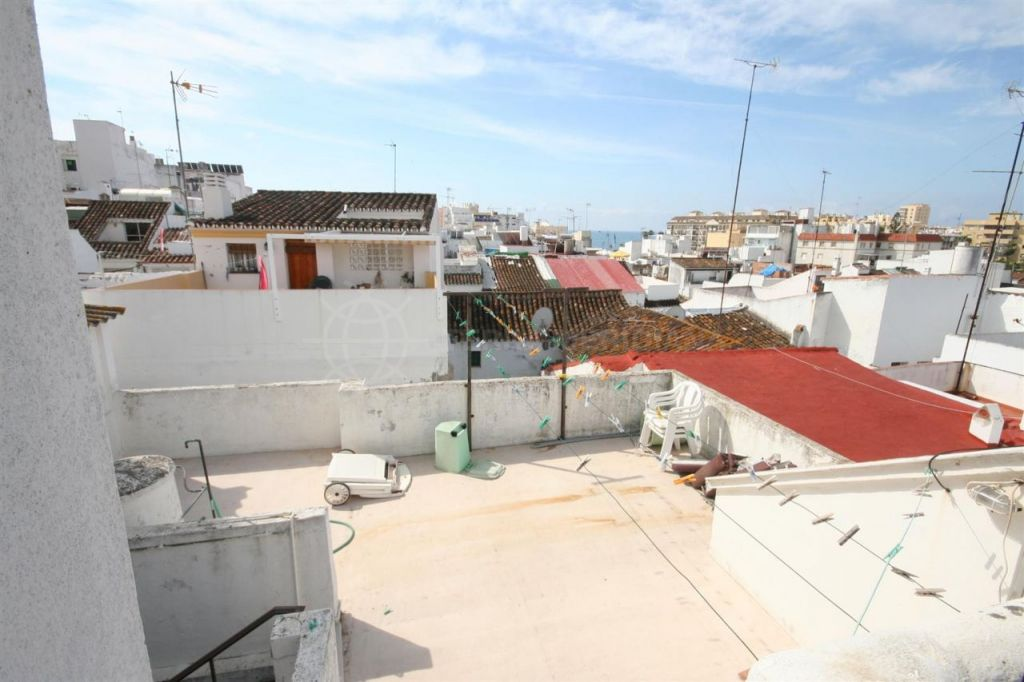 Estepona, Very spacious town house for sale in the centre of the old town, Estepona