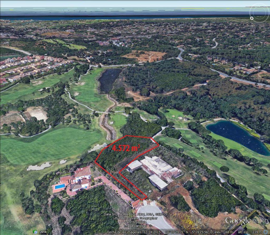 Sotogrande, Front line Golf plot for sale in La Reserva, Sotogrande 4572 m2 with planning permission
