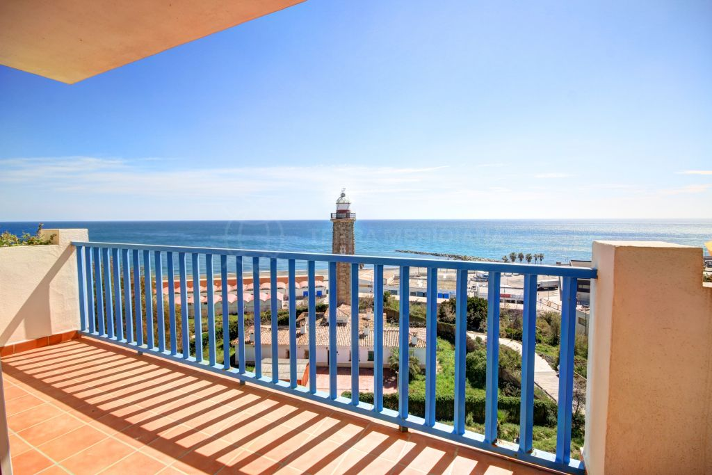 Estepona, Apartment for sale, with spectacular views of the Marina and the Mediterranean Sea, Estepona Port