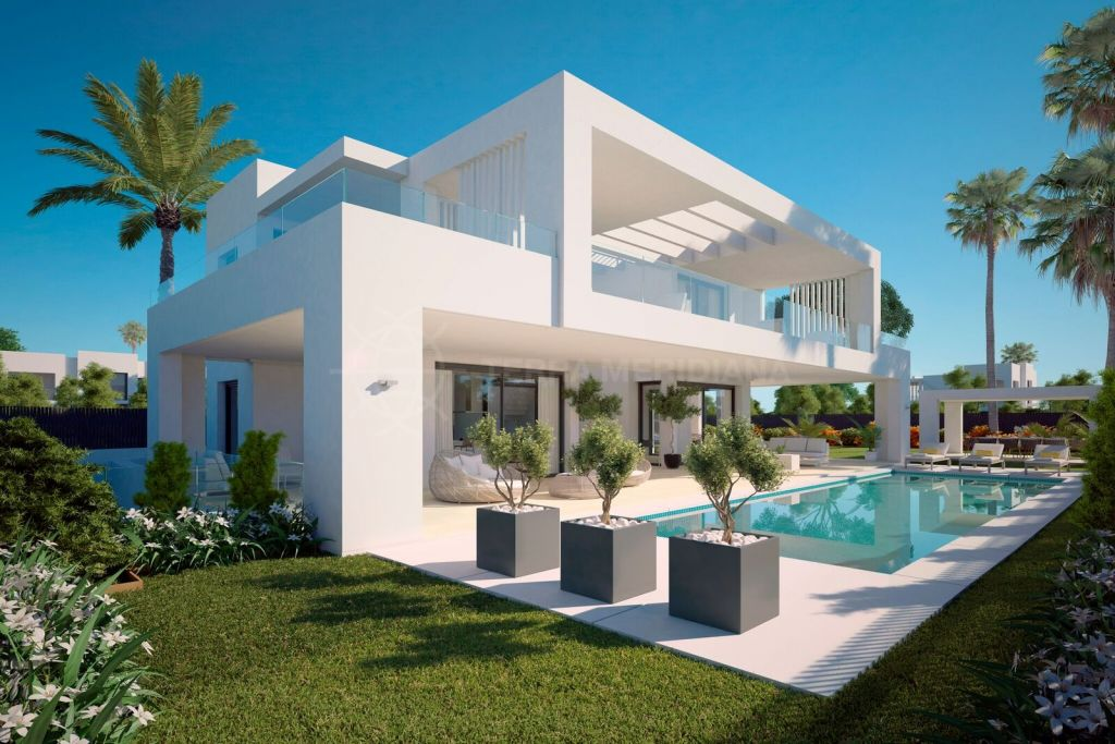 new build 7 bedroom luxury modern villa for sale in nueva andalucia with indoor and outdoor. Black Bedroom Furniture Sets. Home Design Ideas