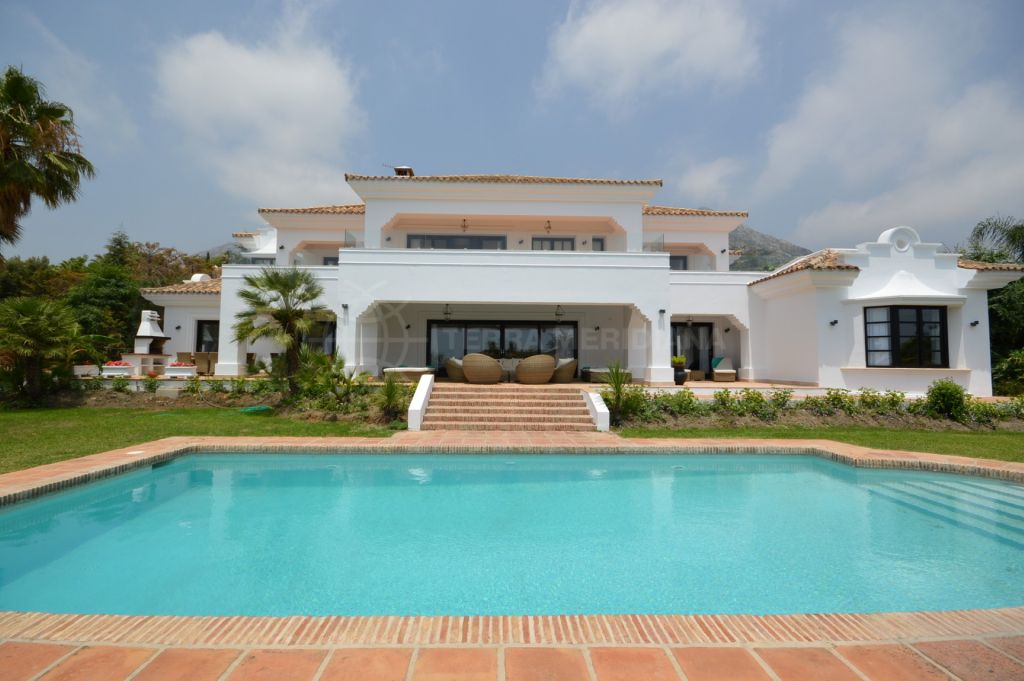 Marbella Golden Mile, Stunning contemporary Villa for long term rent or short term rent in Sierra Blanca, Marbella
