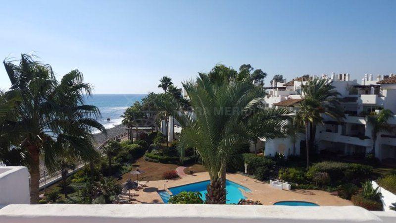 Marbella - Puerto Banus, 3 bedroom penthousefor sale, front line beach, Ventura del Mar, Puerto Banus