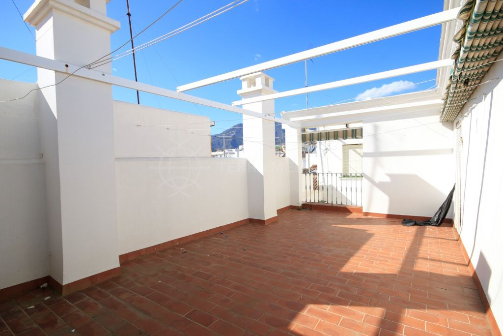 Estepona, Traditional Andalusian townhouse for sale in the historic old town centre of Estepona