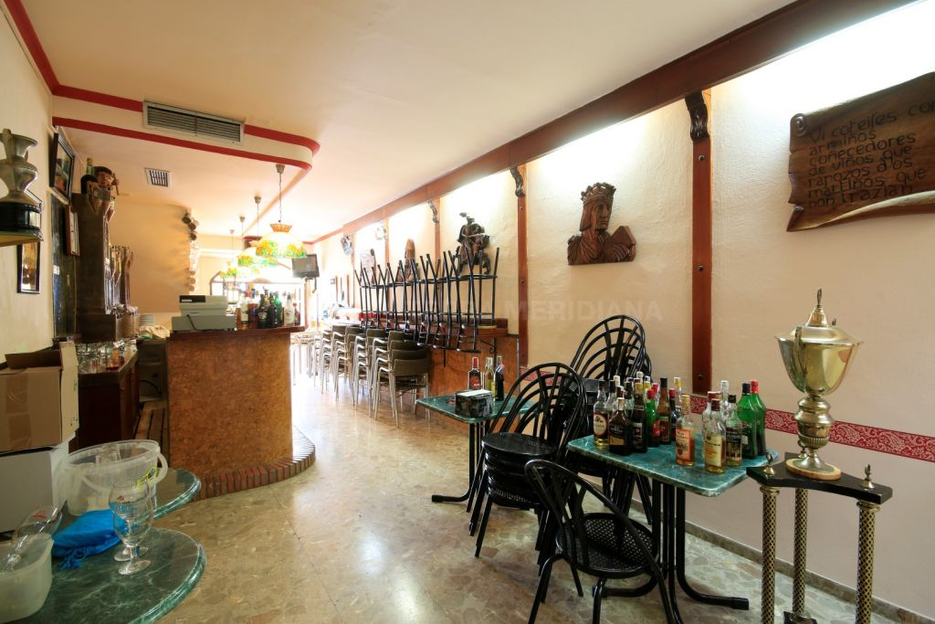 Estepona, Popular bar for sale in the heart of Estepona´s old town centre